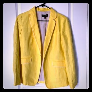 Yellow blazer with white trim